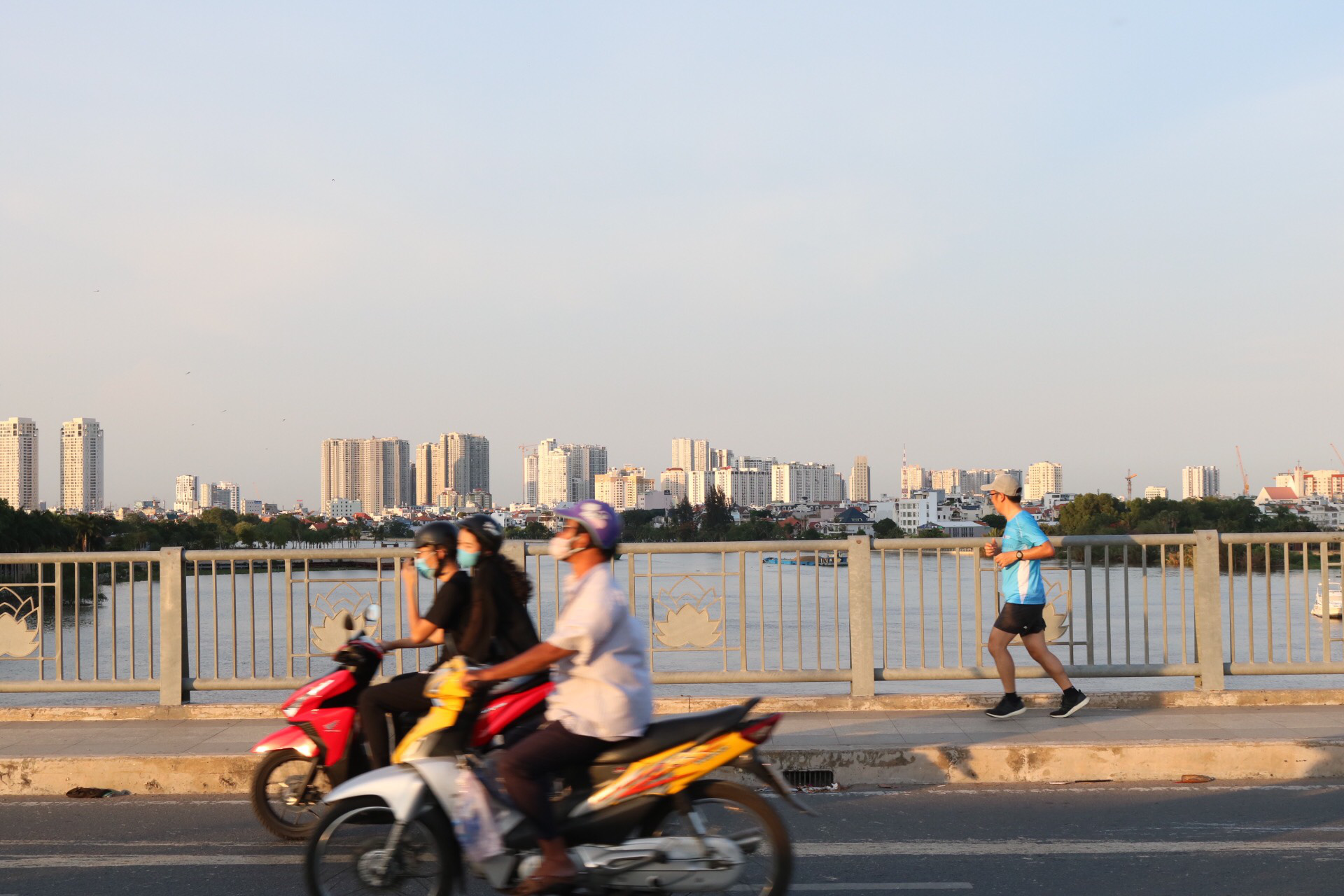 Buildings can be spotted from far away thanks to good visibility in Ho Chi Minh City, Vietnam. Photo: Hoang An / Tuoi Tre