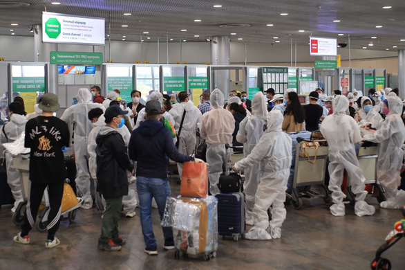 340 stranded Vietnamese citizens brought home from Russia