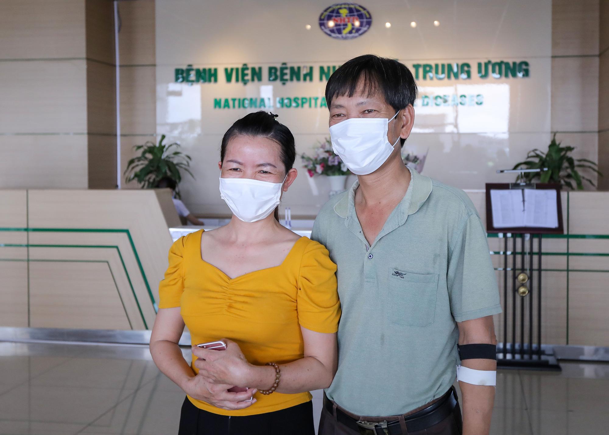 Brazilian citizens who retested positive for COVID-19 recover in Vietnam