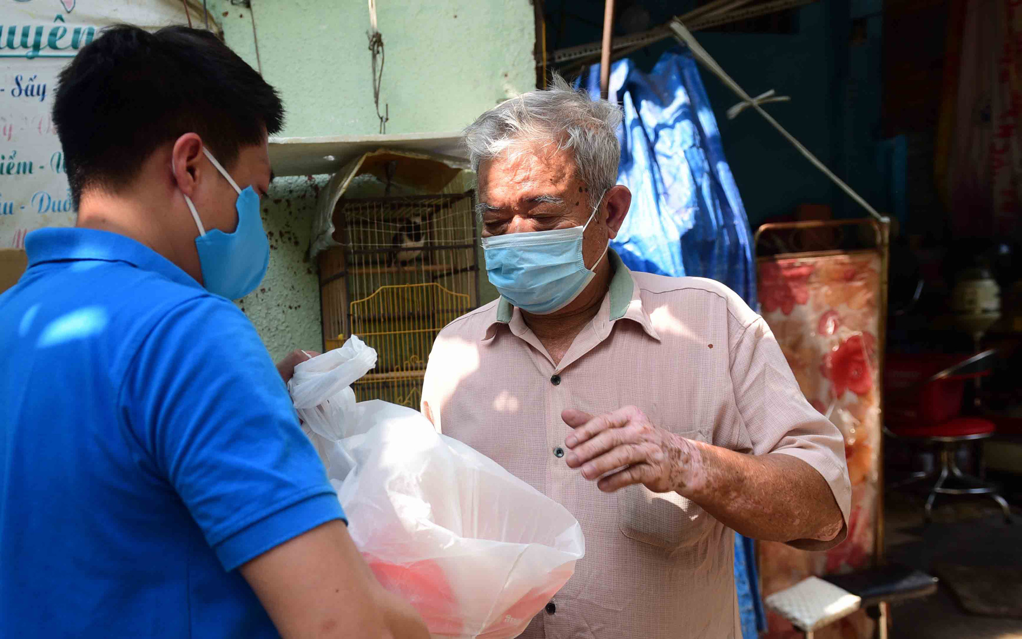 Nearly 279,000 residents affected by COVID-19 receive support in Ho Chi Minh City