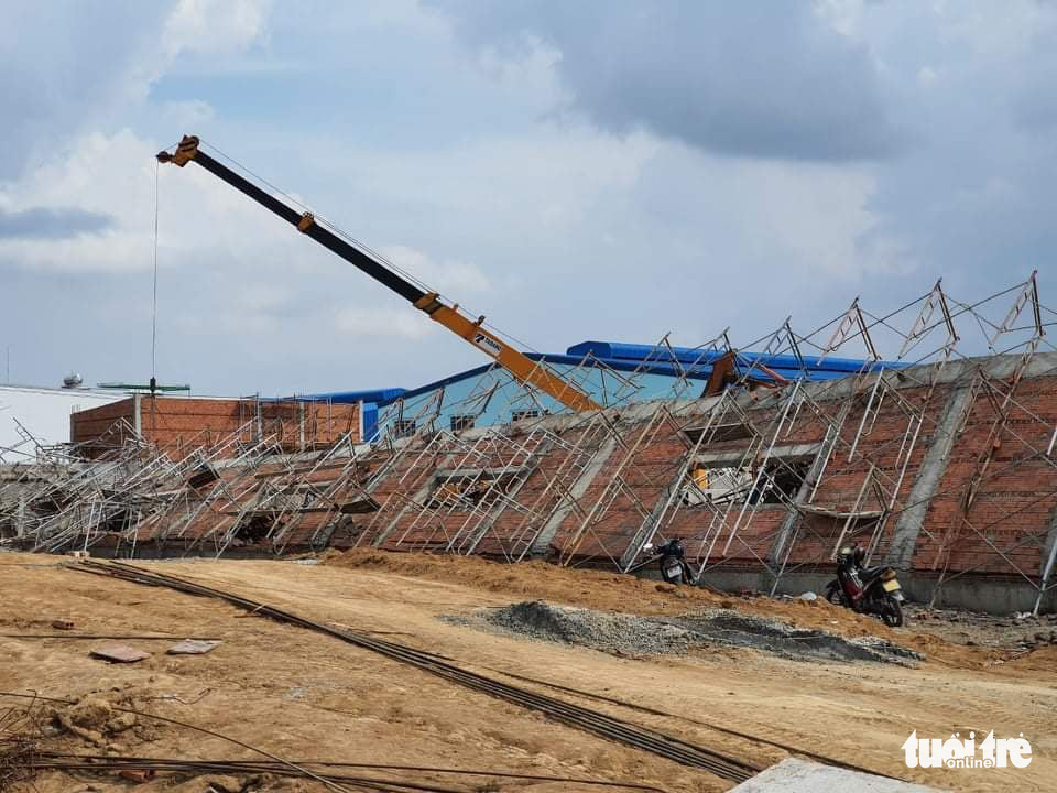 10 killed, 14 injured in wall collapse at construction site in southern Vietnam