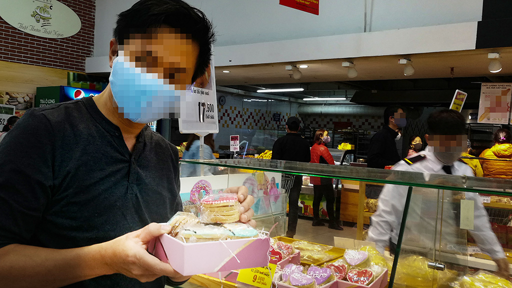 Private detectives uncover corporate mole at popular Saigon bakery