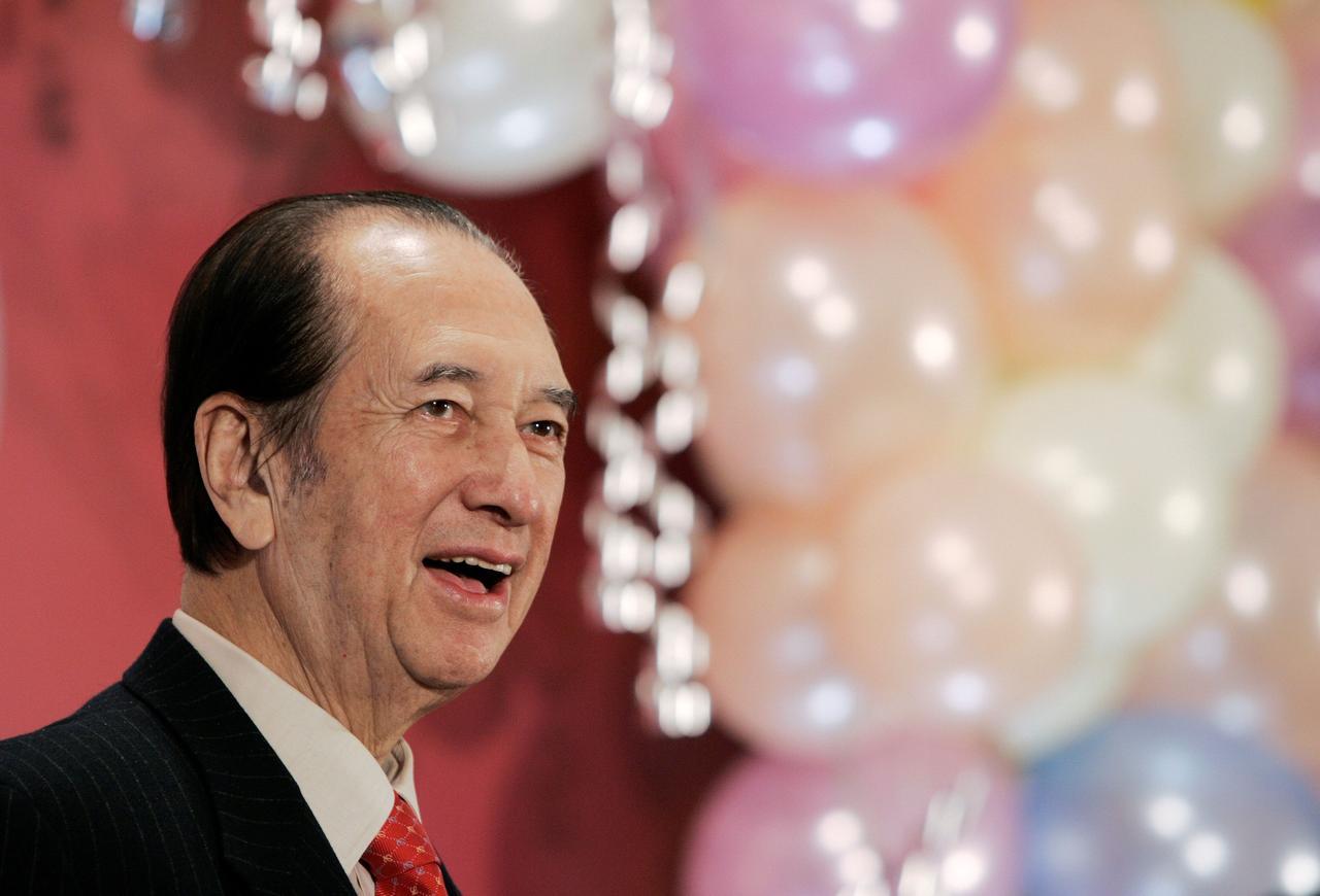 Macau gambling king Stanley Ho dies aged 98