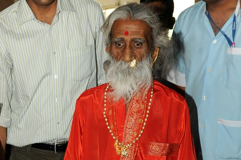 India yogi who claimed to live without food or water dies aged 90