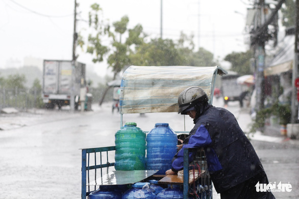 Temperature to surge in northern, central Vietnam; rain to continue in south
