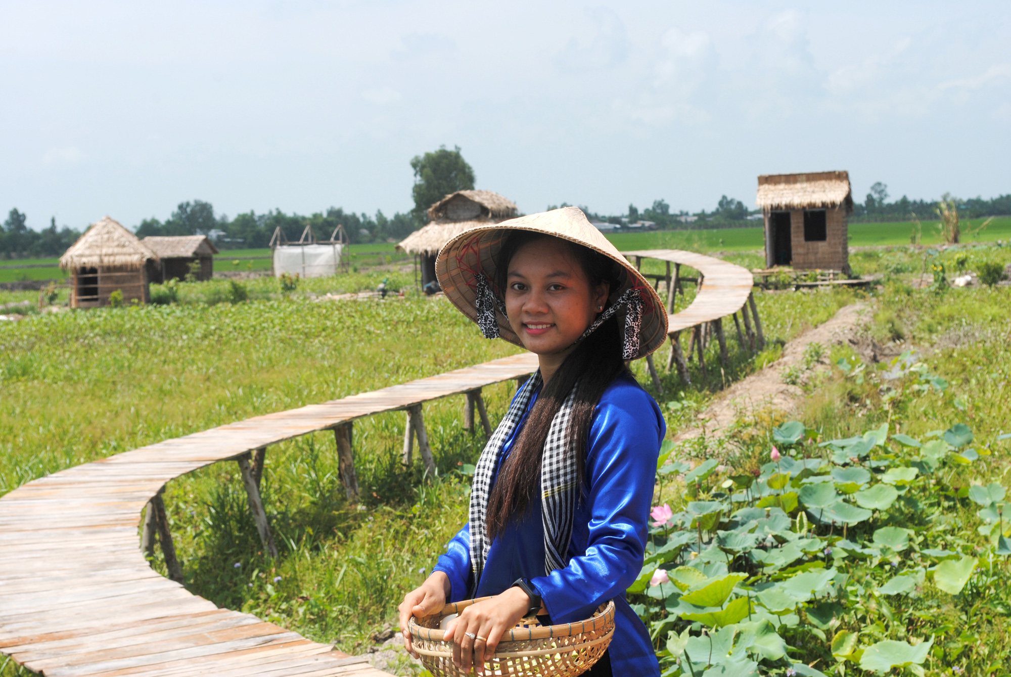 Vietnamese student's farmstay business a magnet for Mekong Delta tourists