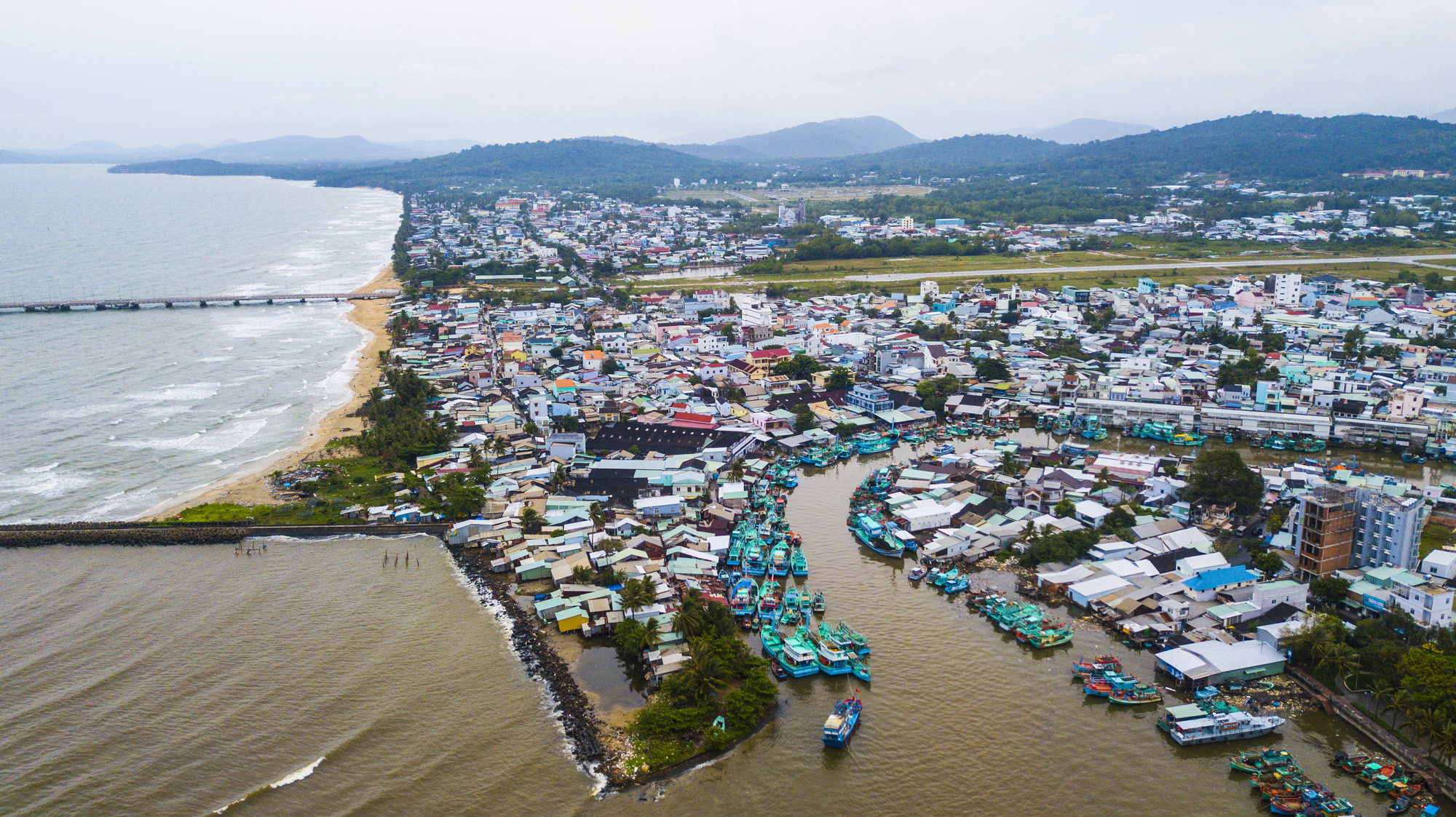 Phu Quoc may become Vietnam's first island city