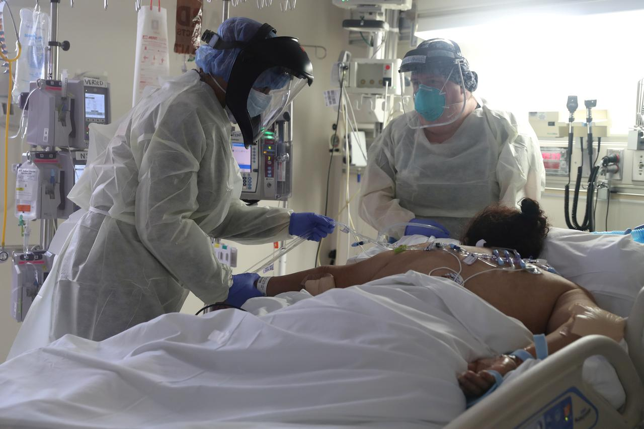 Fears of second U.S. coronavirus wave rise on worrisome spike in cases, hospitalizations