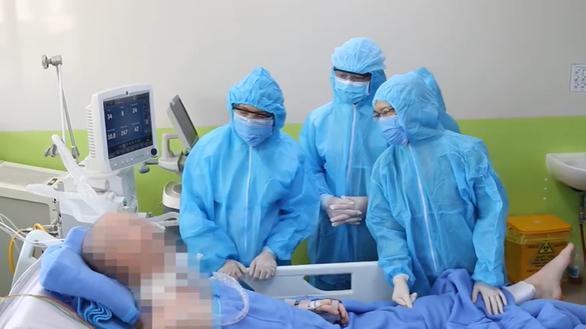 British pilot off antibiotics during COVID-19 treatment in Ho Chi Minh City