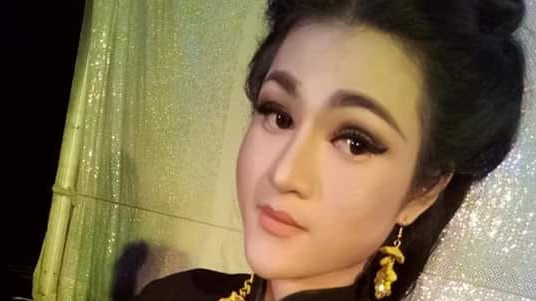 Vietnam funfair singer finds self in debt following gender reassignment surgery