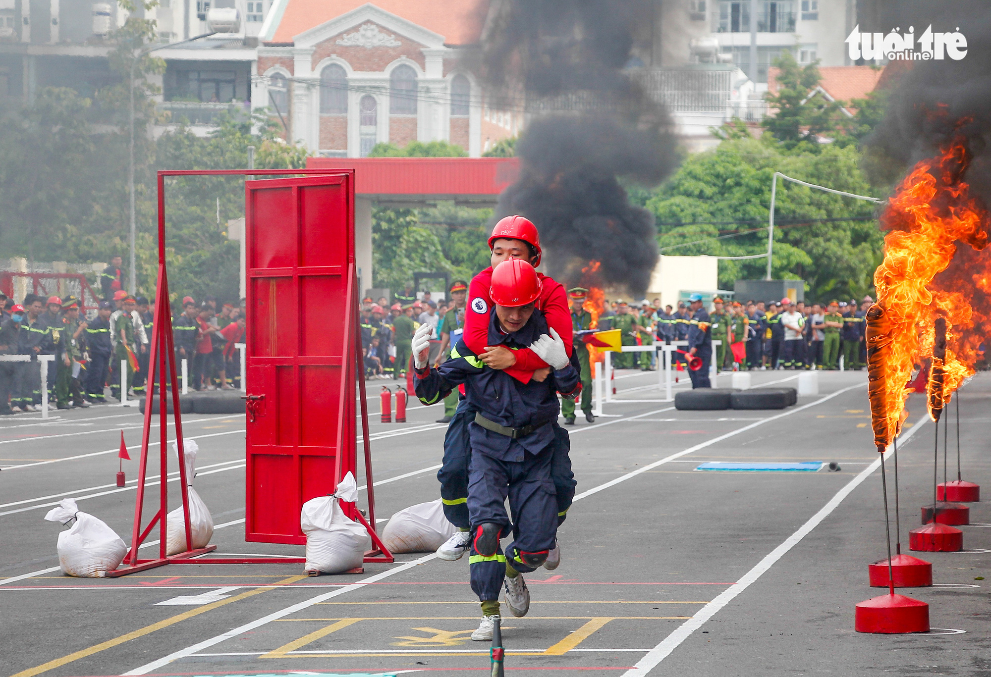 Firefighting and rescue competition organized in Ho Chi Minh City