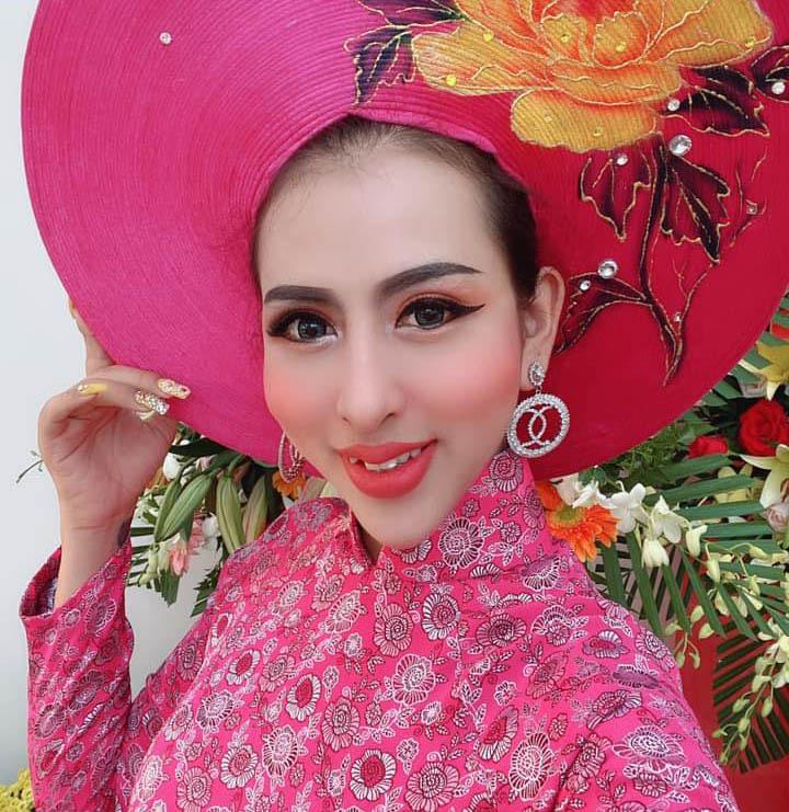 In Vietnam, mother donates hair for transgender daughter's transformation