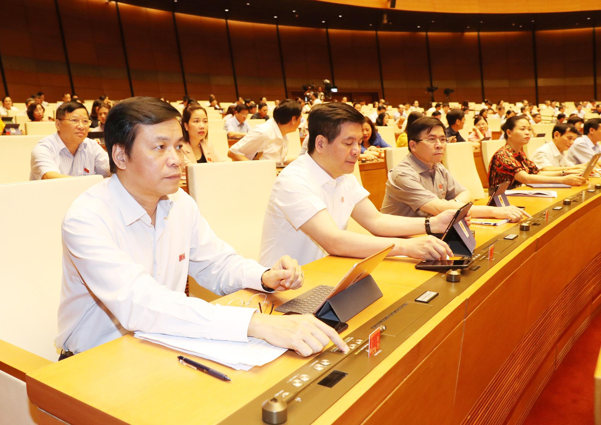 Vietnamese legislature ratifies 30% corporate income tax cut in 2020 for SMEs