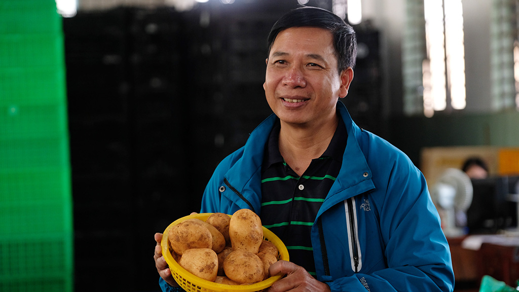 Vietnamese man gets to the root of Central Highlands' potato problems