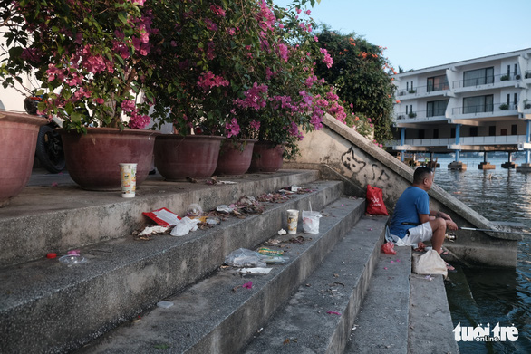 Campaigns, laws, and love are what we need to stop littering in Vietnam: expat
