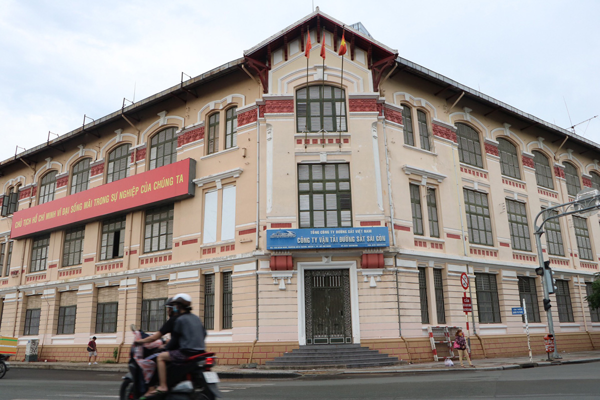Ho Chi Minh City puts forward preservation plan for French-era railway HQ