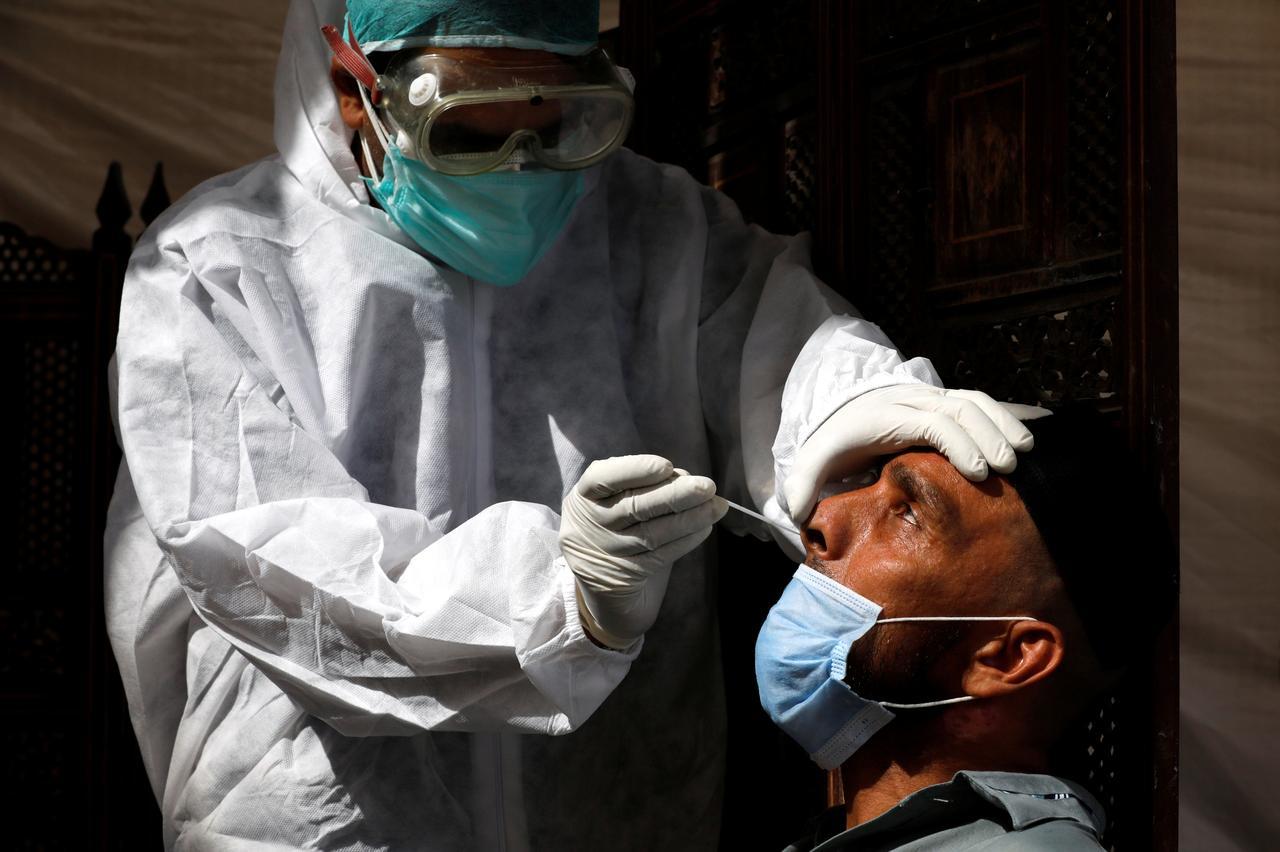 Global coronavirus cases approach 10 million