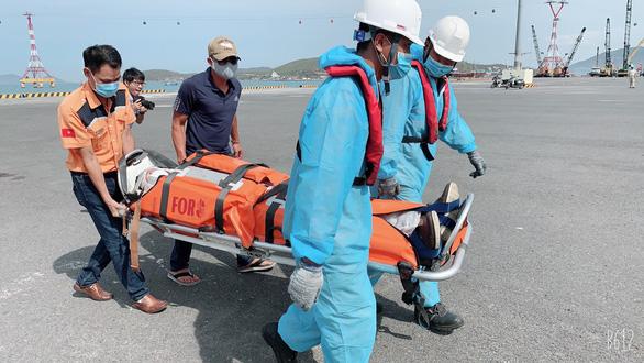 Vietnam's swift emergency response saves Ukrainian sailor who fell ill at sea