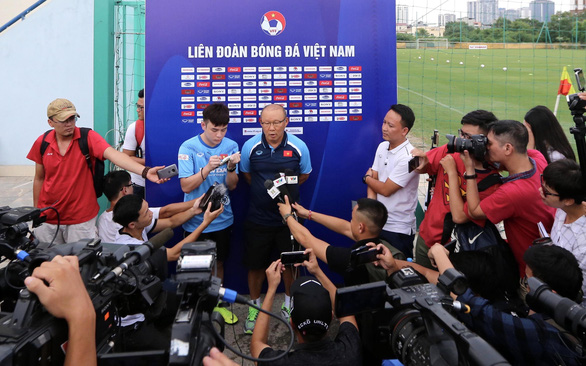 Young footballers' lack of top-flight tournament play time worries Vietnam's head coach