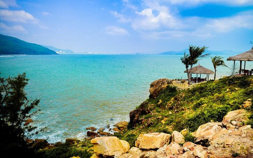 Tourists drown at beach in south-central Vietnam
