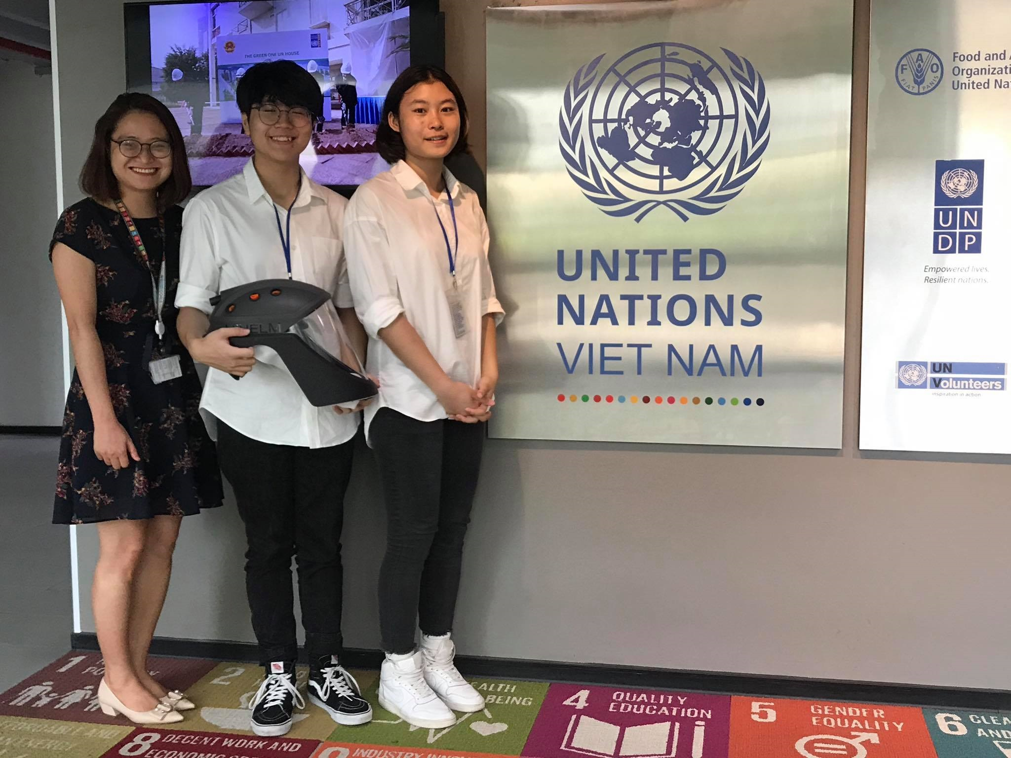 Vietnamese teens create novel respirator against coronavirus