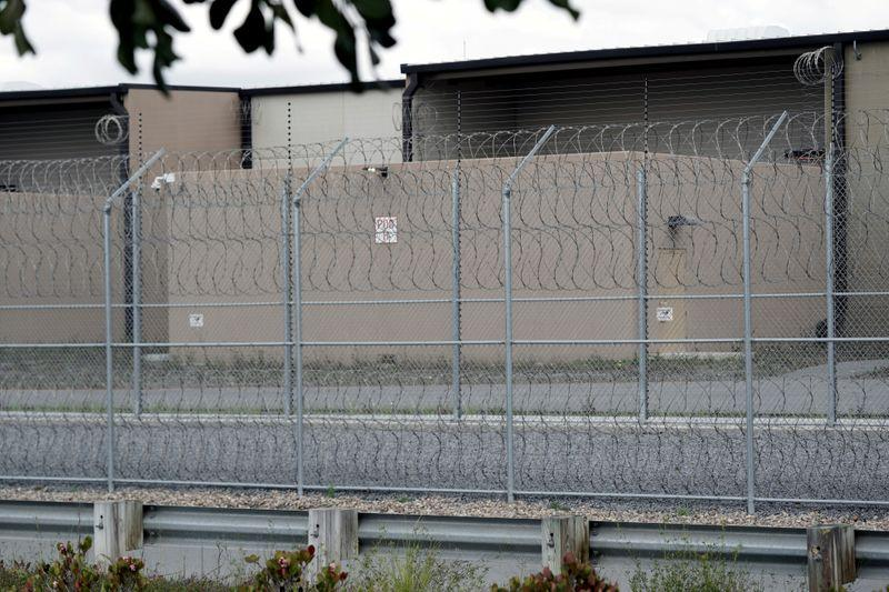 California to release 8,000 prisoners to slow pandemic