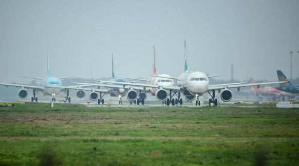 Vietnamese aviation authority tightens management to mitigate flight delay, cancelation