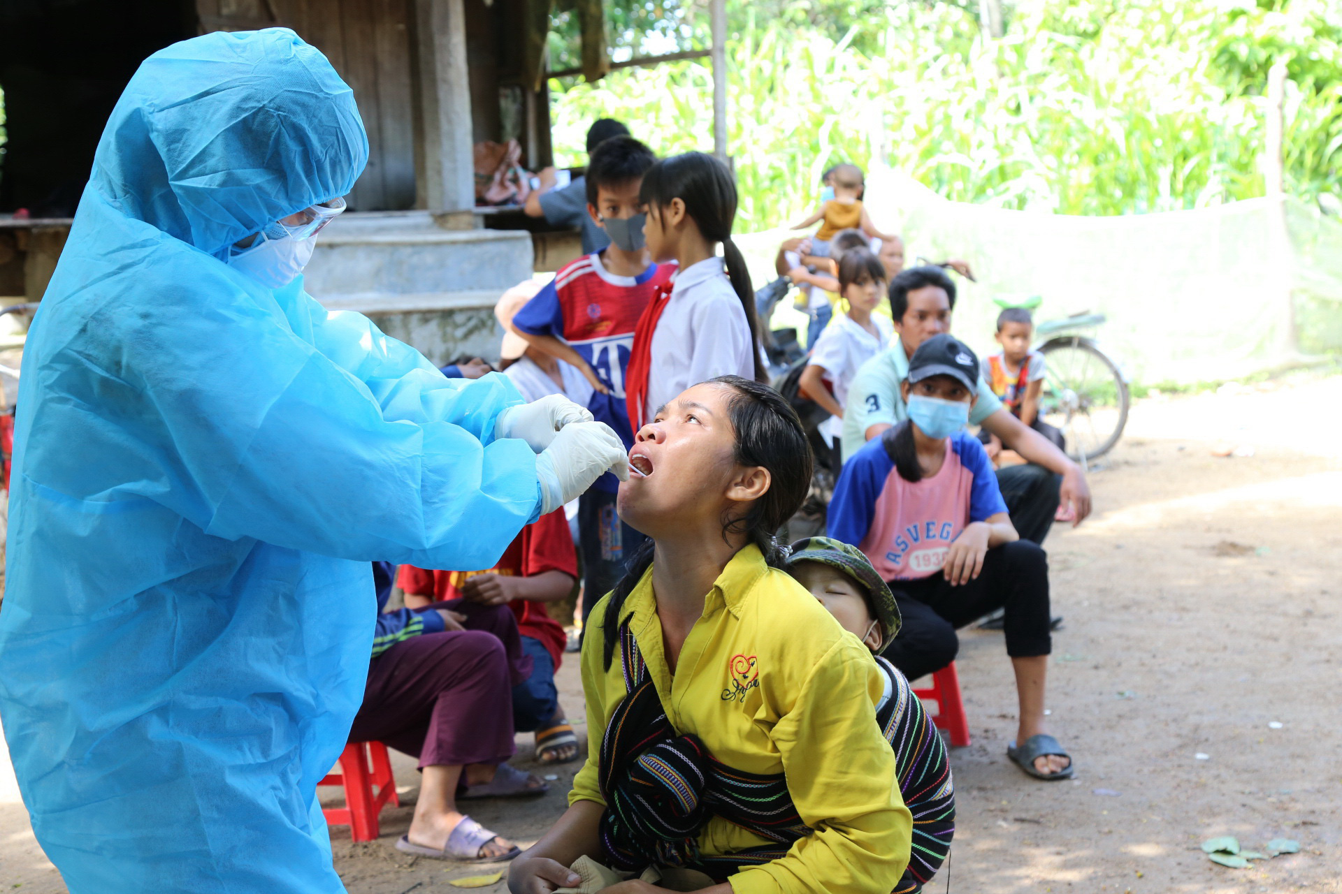 Anti-vaxxers a roadblock in fight to control Vietnam's diphtheria outbreak