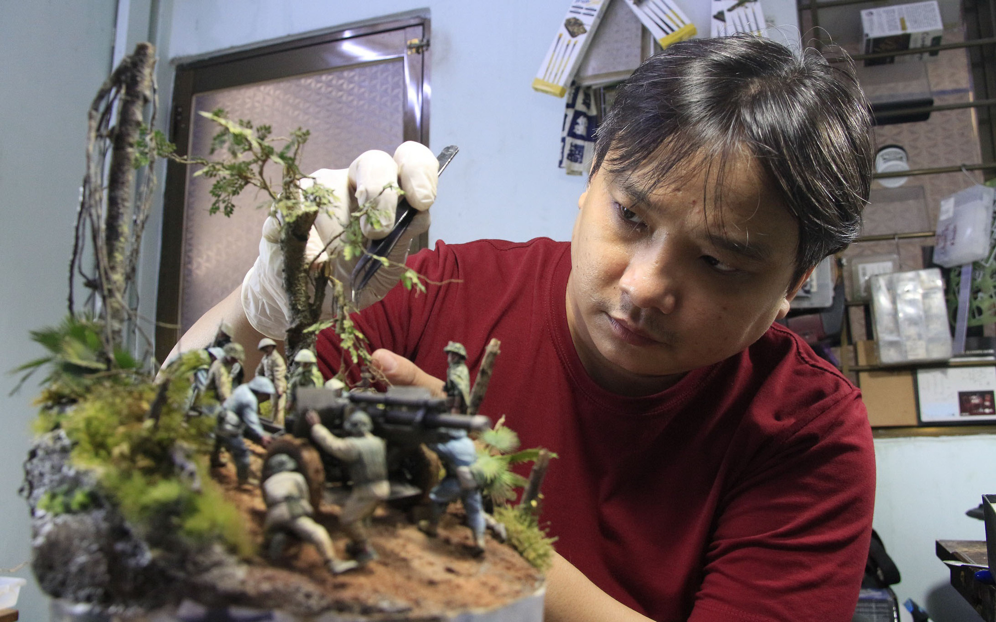 Vietnam's 'wizard' of historical scale models