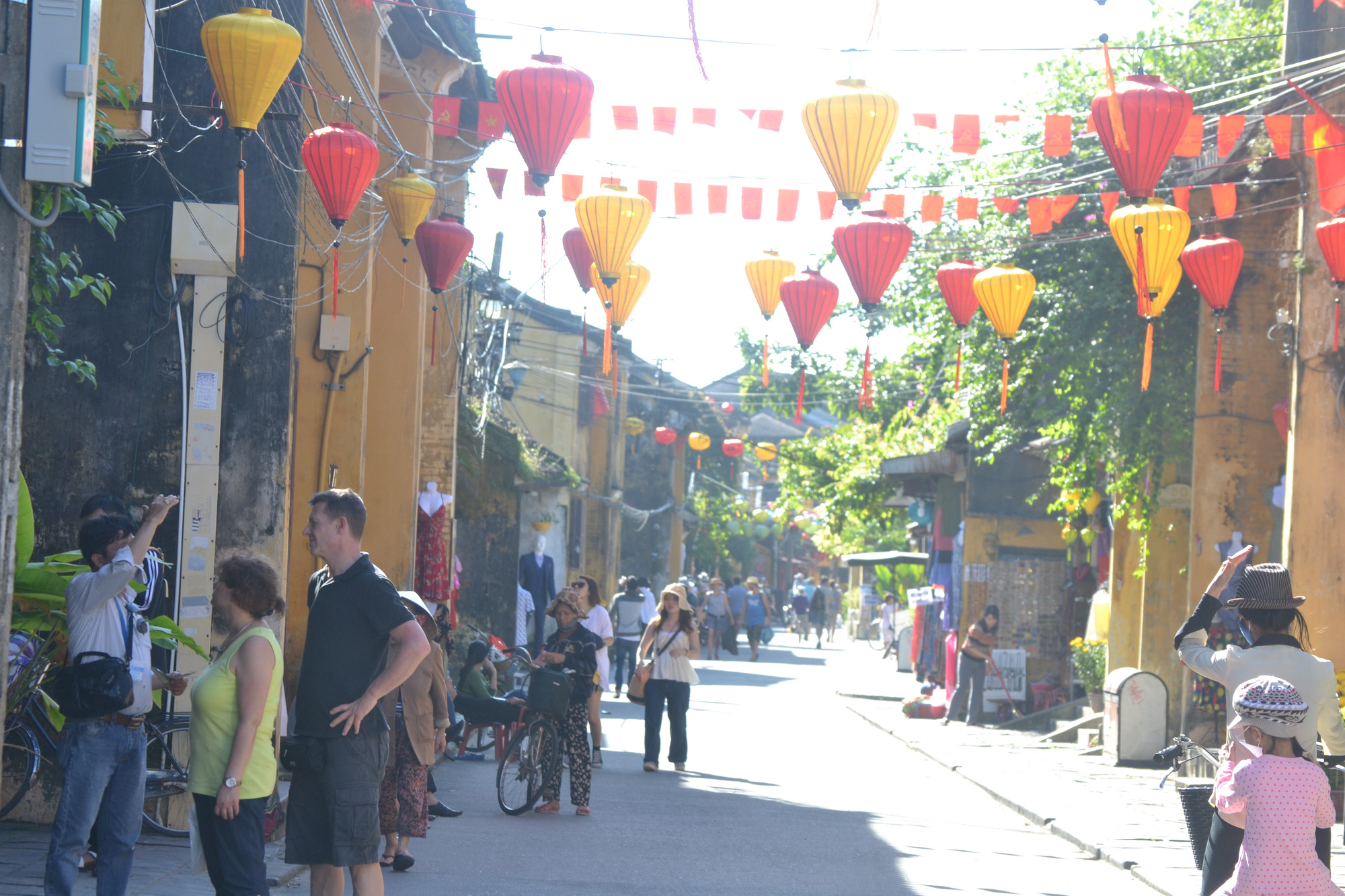 Social distancing rules reinstated in Hoi An to prevent COVID-19 spread