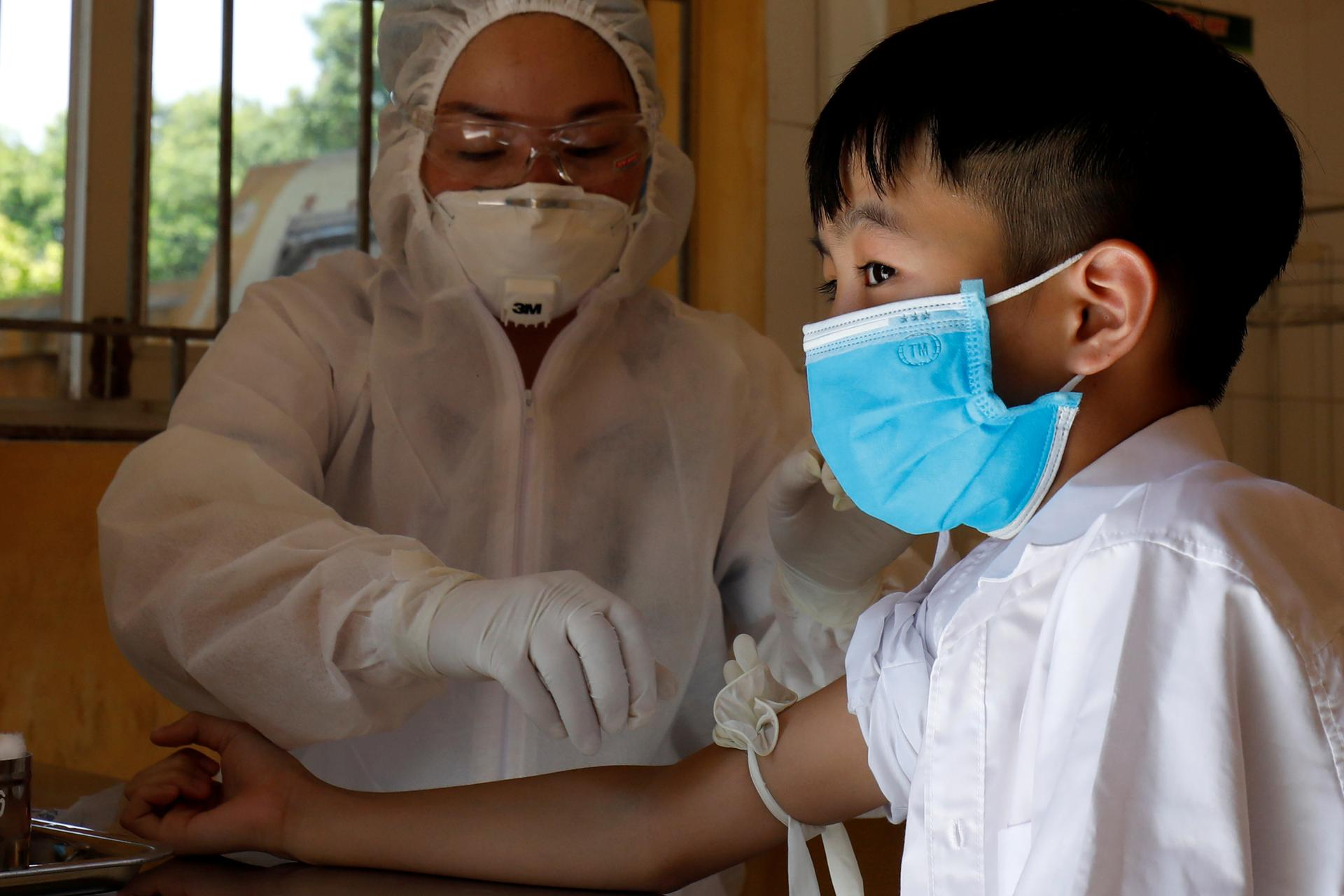 Vietnam reports biggest jump in COVID-19 cases, mobilises health team