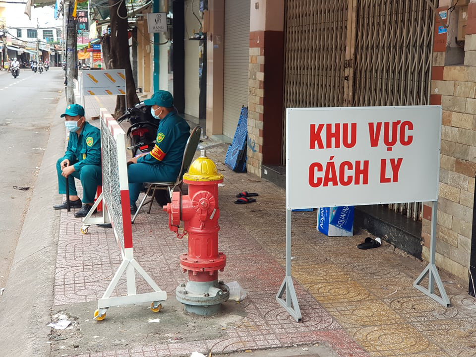 Vietnam adds 26 local infections, 2 imported cases as COVID-19 tally rises to 586
