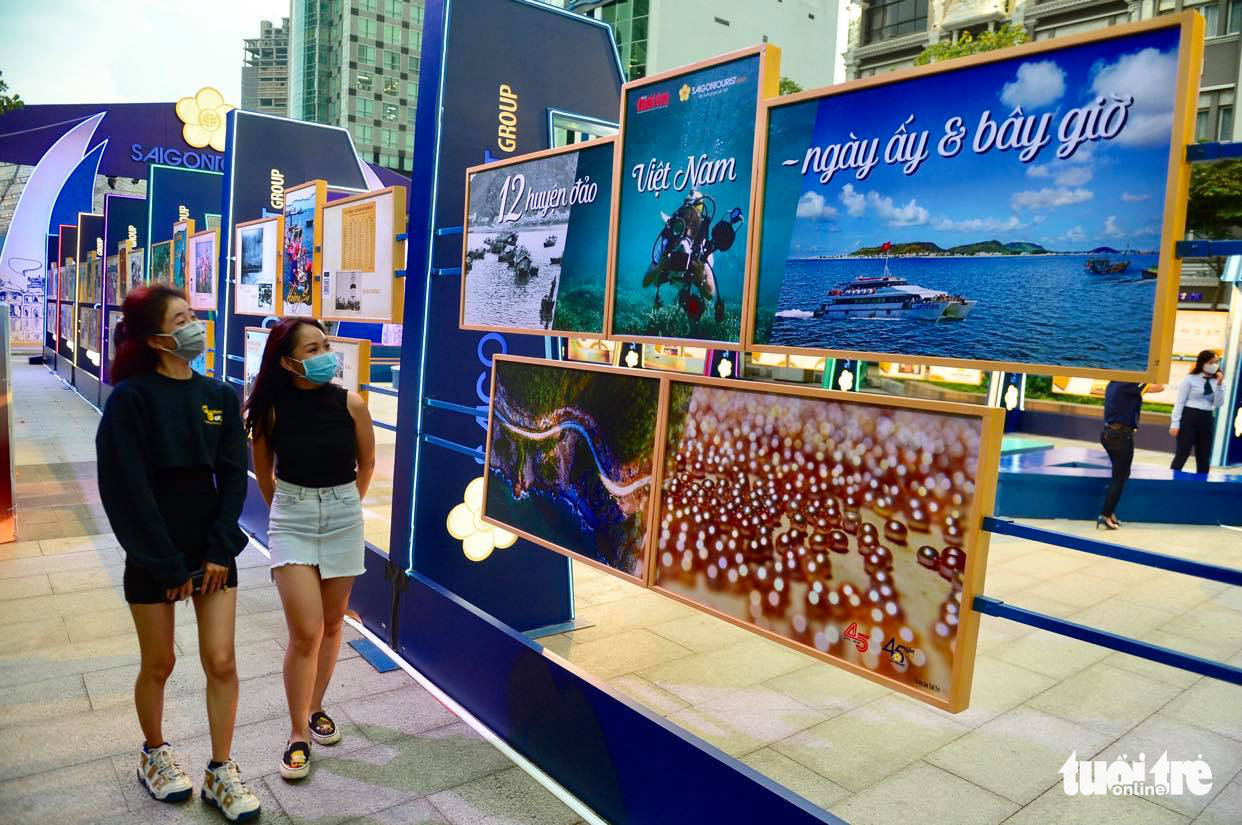 Ho Chi Minh City photo exhibition introduces Vietnam's 12 island districts