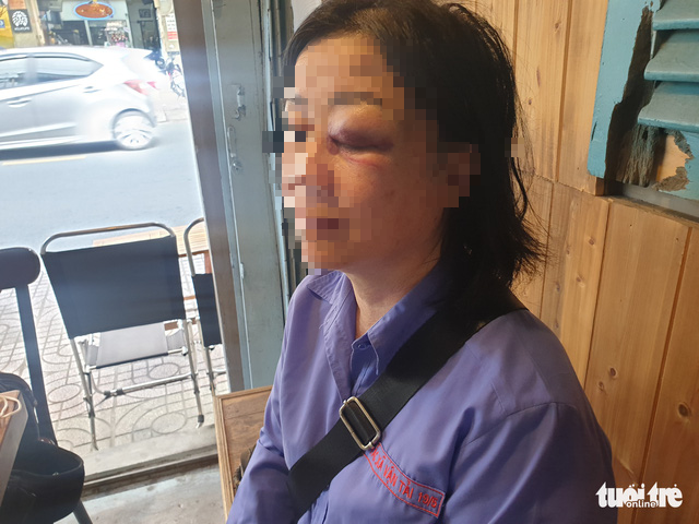 Saigon bus attendant attacked for asking passenger to turn music down