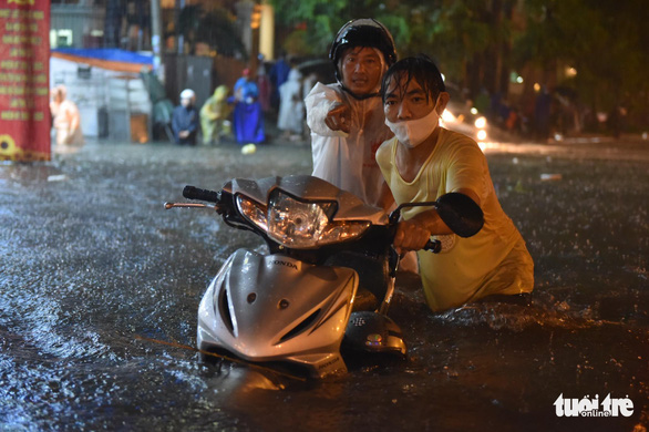 Downpours to dampen northern, southern Vietnam