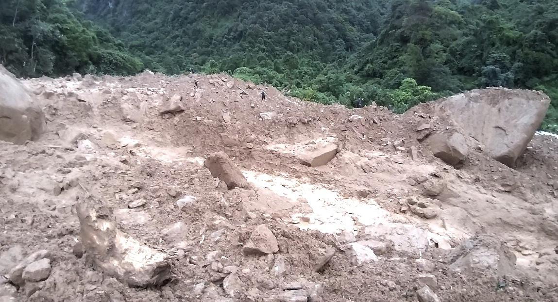 One dead, two missing in landslide, flood in northern Vietnam