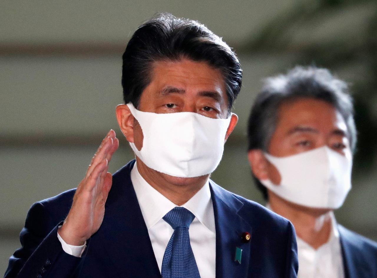 PM Shinzo Abe contributes greatly to Vietnam-Japan ties: spokeswoman