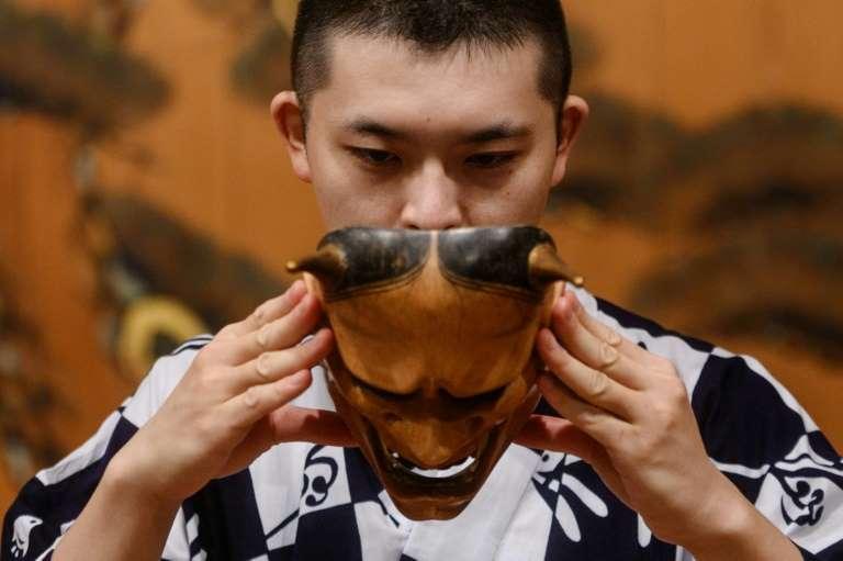 Can Japan's ancient Noh theatre survive coronavirus?