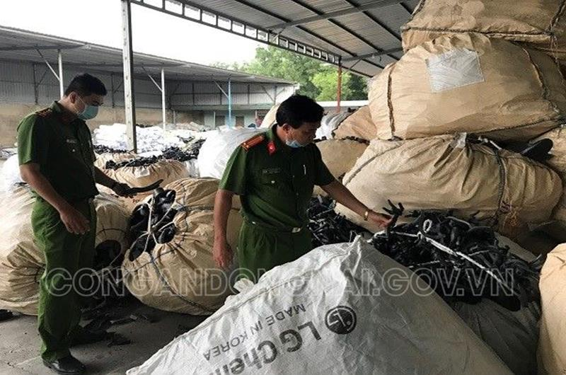 Over 200 tonnes of industrial waste illicitly stored in warehouse in southern Vietnam