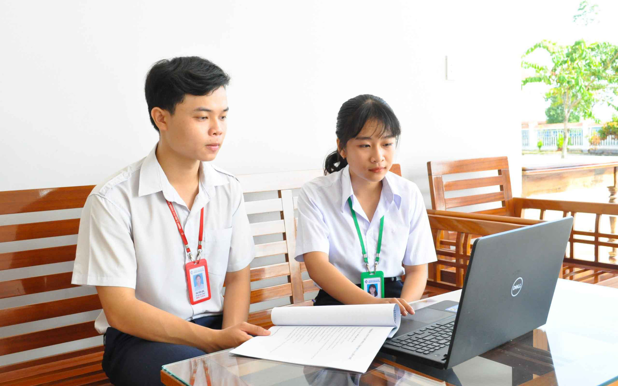 Vietnamese teens train computer system to spot littering behavior
