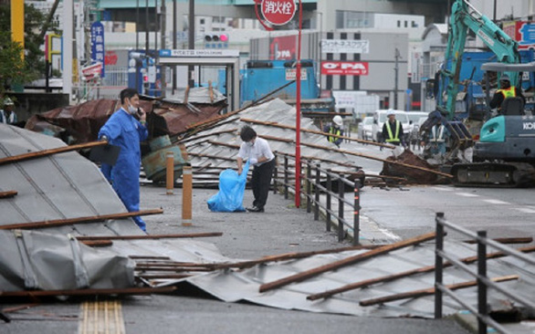 Search ongoing for two Vietnamese interns after typhoon hits Japan