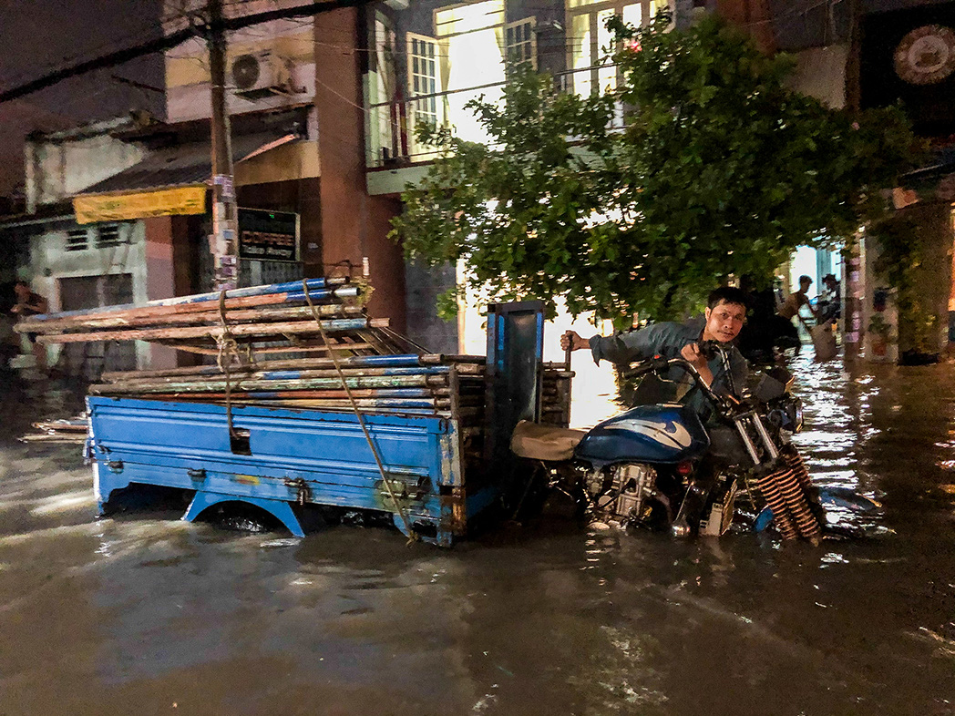 Ho Chi Minh City residents told to brace for full week of rain