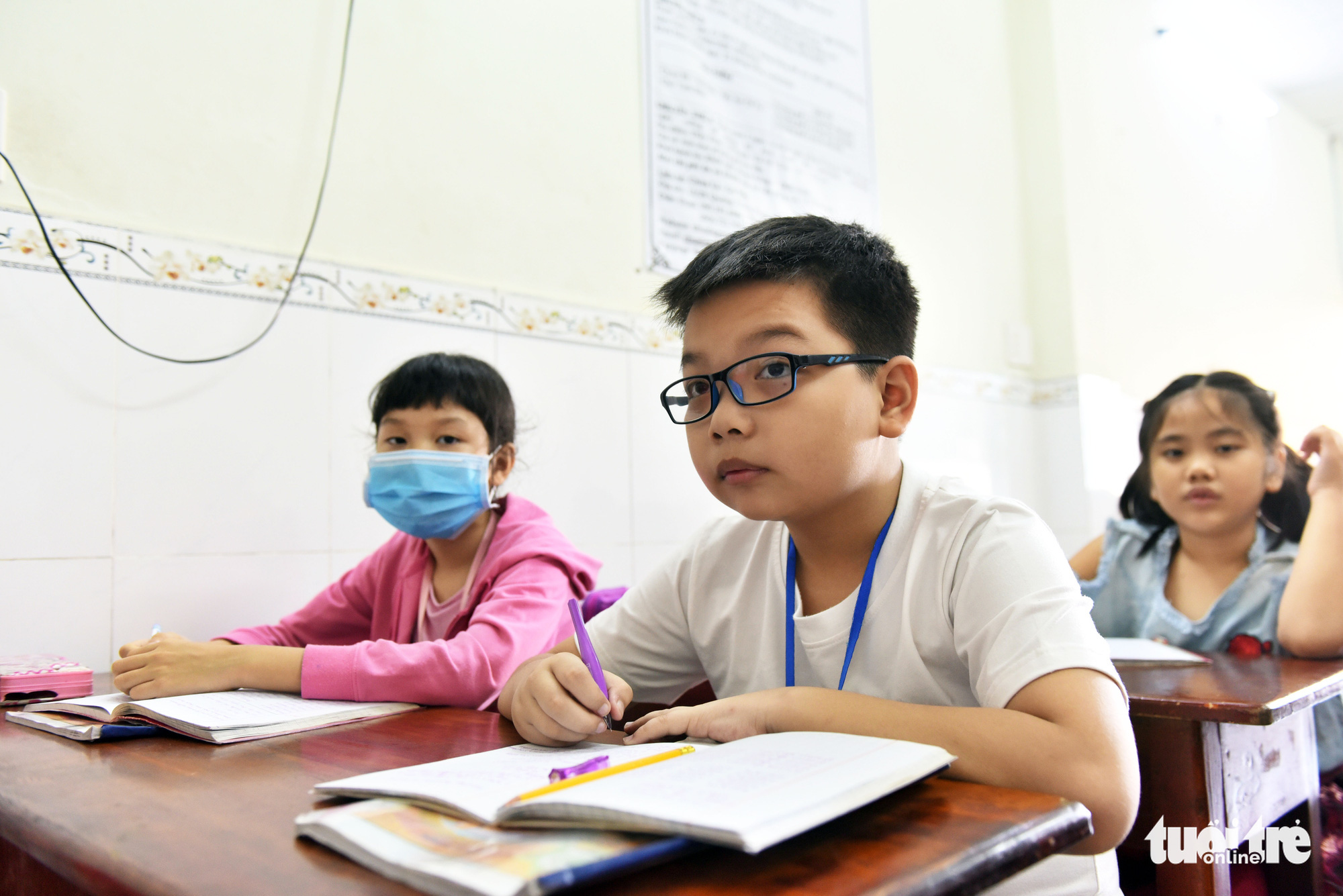 Children participate in a language class at La Pagoda in Go Vap District, Ho Chi Minh City, September 13, 2020. Photo: Duyen Phan / Tuoi Tre
