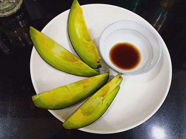 Condensed milk and fish sauce: How locals eat avocado in Vietnam
