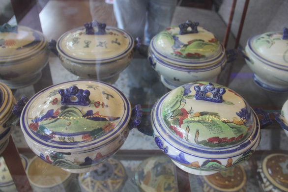 Vintage items are displayed in the house of Pham Van Hai in the southern city of Can Tho. Photo: Chi Hanh/ Tuoi Tre