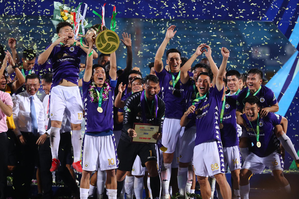 Hanoi FC crowned National Cup champions thanks to star midfielder's goal