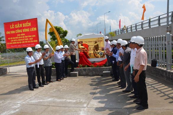 Vietnam agriculture ministry inaugurates sluice gates in Mekong Delta