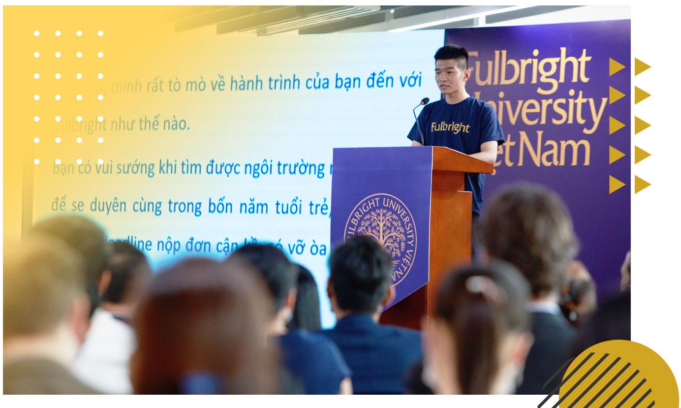 Tran Viet Hoang delivers a speech at a public event of Fulbright University Vietnam. Photo: M.G. - V.K. / Tuoi Tre