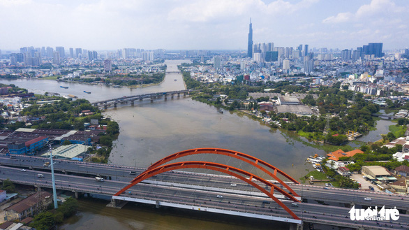 An aerial view of the Saigon River's section running through Binh Thanh District in Ho Chi Minh City. Photo: Quang Dinh / Tuoi Tre