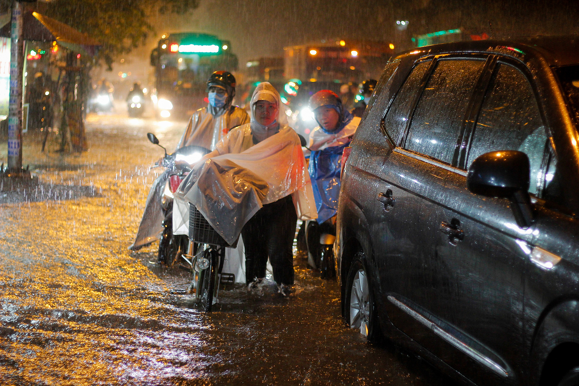 Rain to intensify in southern Vietnam over next 10 days